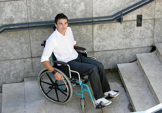 PMR personnes à mobilité réduite ascensseur